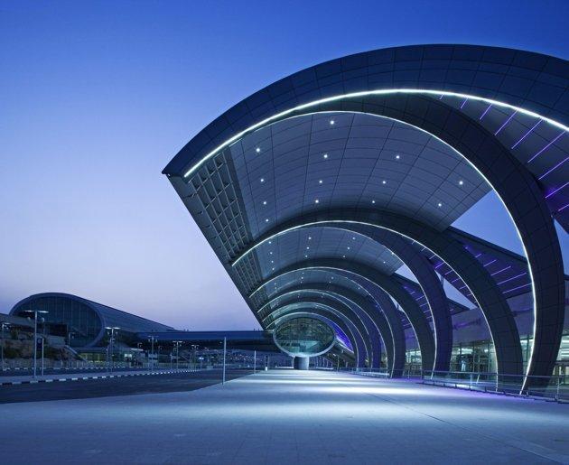 http://loymachedo.com/wp-content/uploads/2013/12/3-Loy-Machedos-Top-Ten-Must-Visit-Dubai-Landmarks.jpg